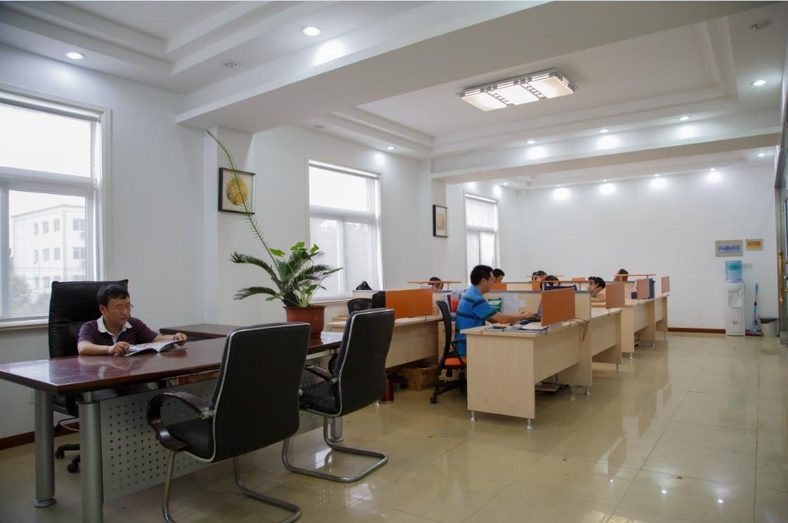 Офис-созидательный Internal-Photo